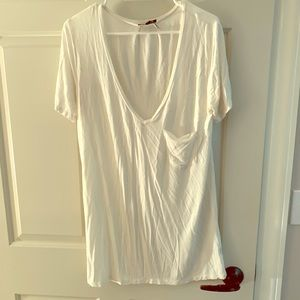 POL oversized white v neck T-shirt